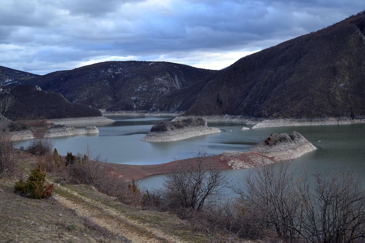 Увачко језеро Rastoke - pogled sa brane Uvačkog jezera