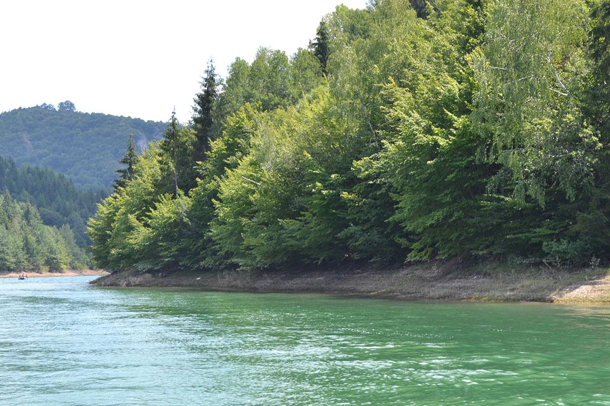 Zlatarsko jezero Zlatarsko jezero uslikano za vreme ZlatarFest-a 2013. godine
