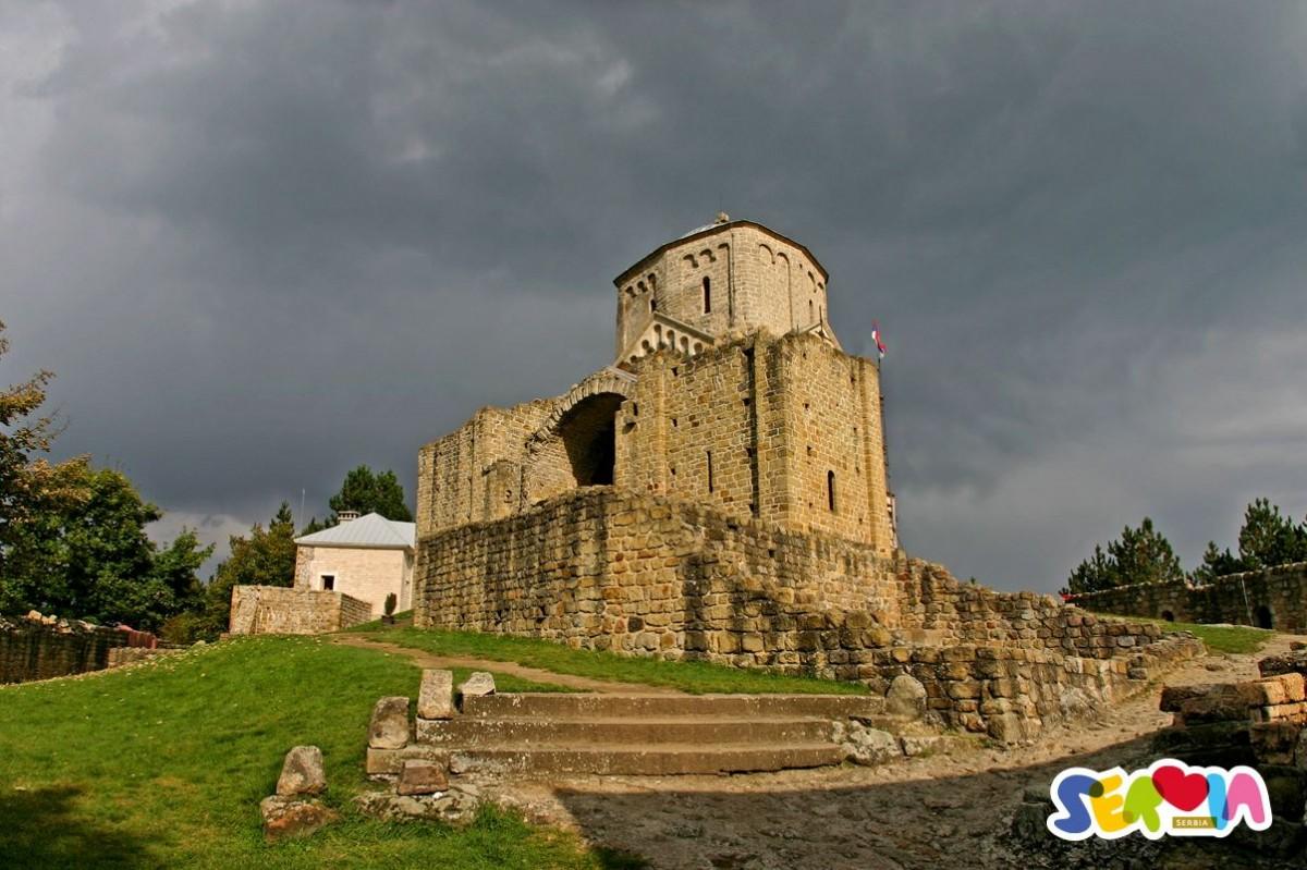 Manastir Đurđevi Stupovi (foto: Turisticka organizacije Srbije)