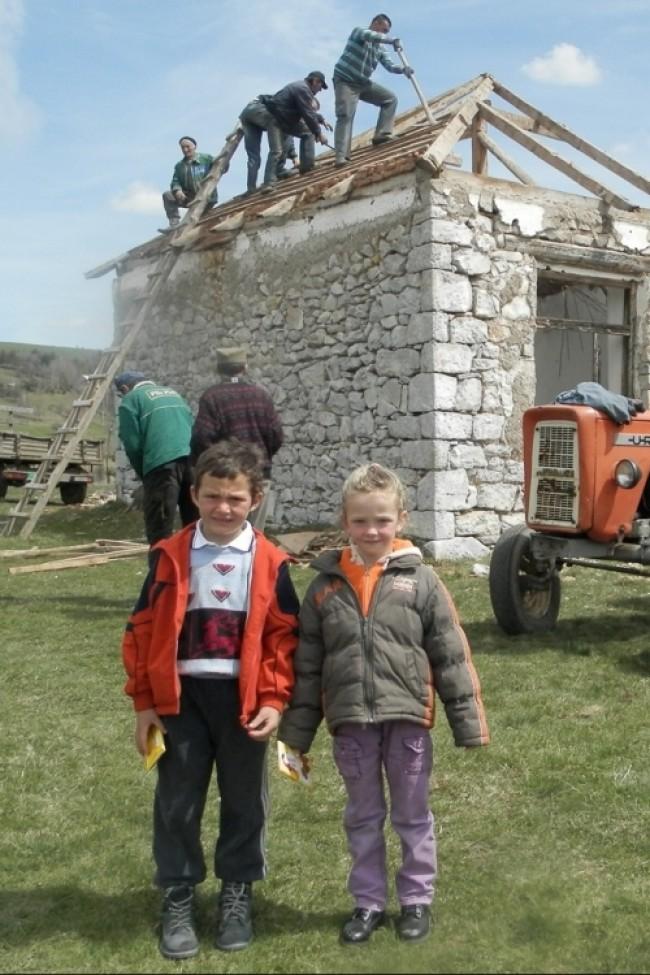 Škola će im sada biti pred vratima: Nemanja i Milica  (foto:  Ž. Dulanović)