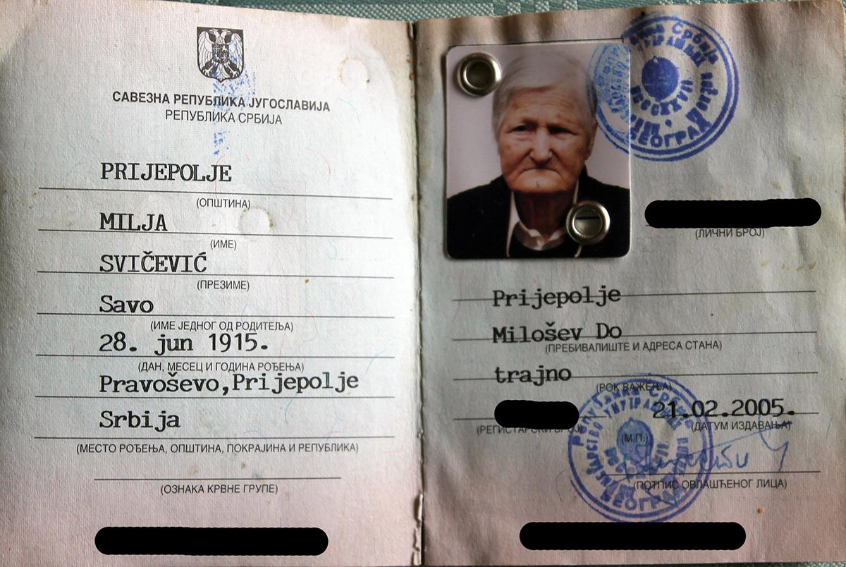 Лична карта Миље Савићевић рођене у Правошеви