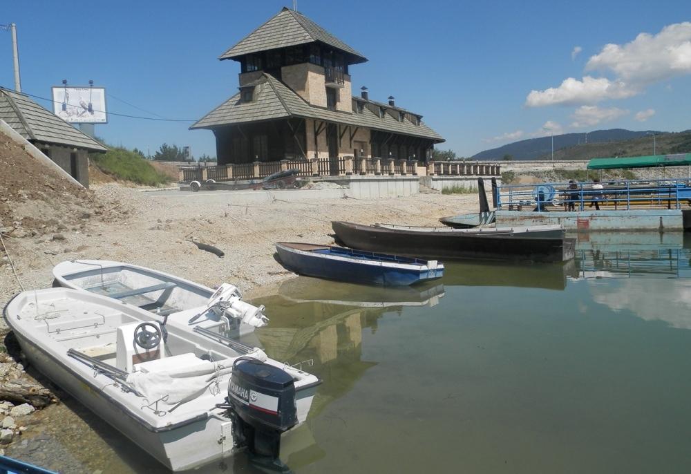 Bespravno je izgrađeno čak 246 objekata: Pogled na Zlatarsko jezero