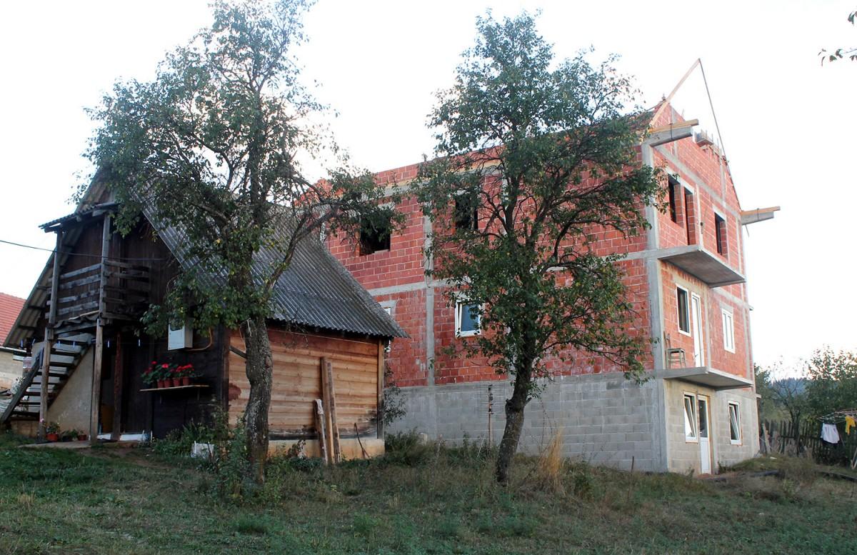 Кућа Јелића на Рудинама, некадашњем летњем станишту колибара