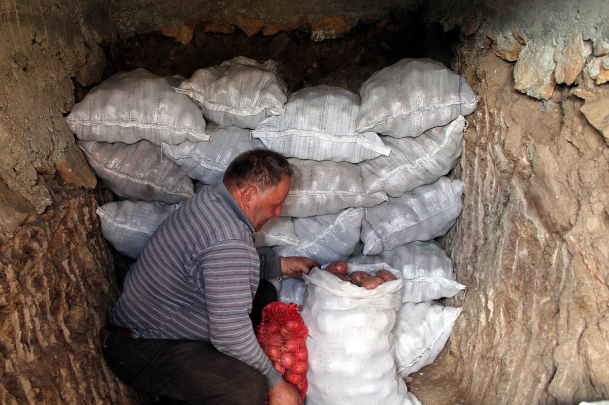 Вековно искуство – нема зиме за кромпир у трапу