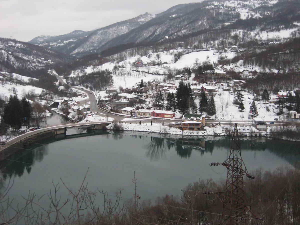 Доња Бистрица – тунели и ХЕ недалеко од раскрснице путева
